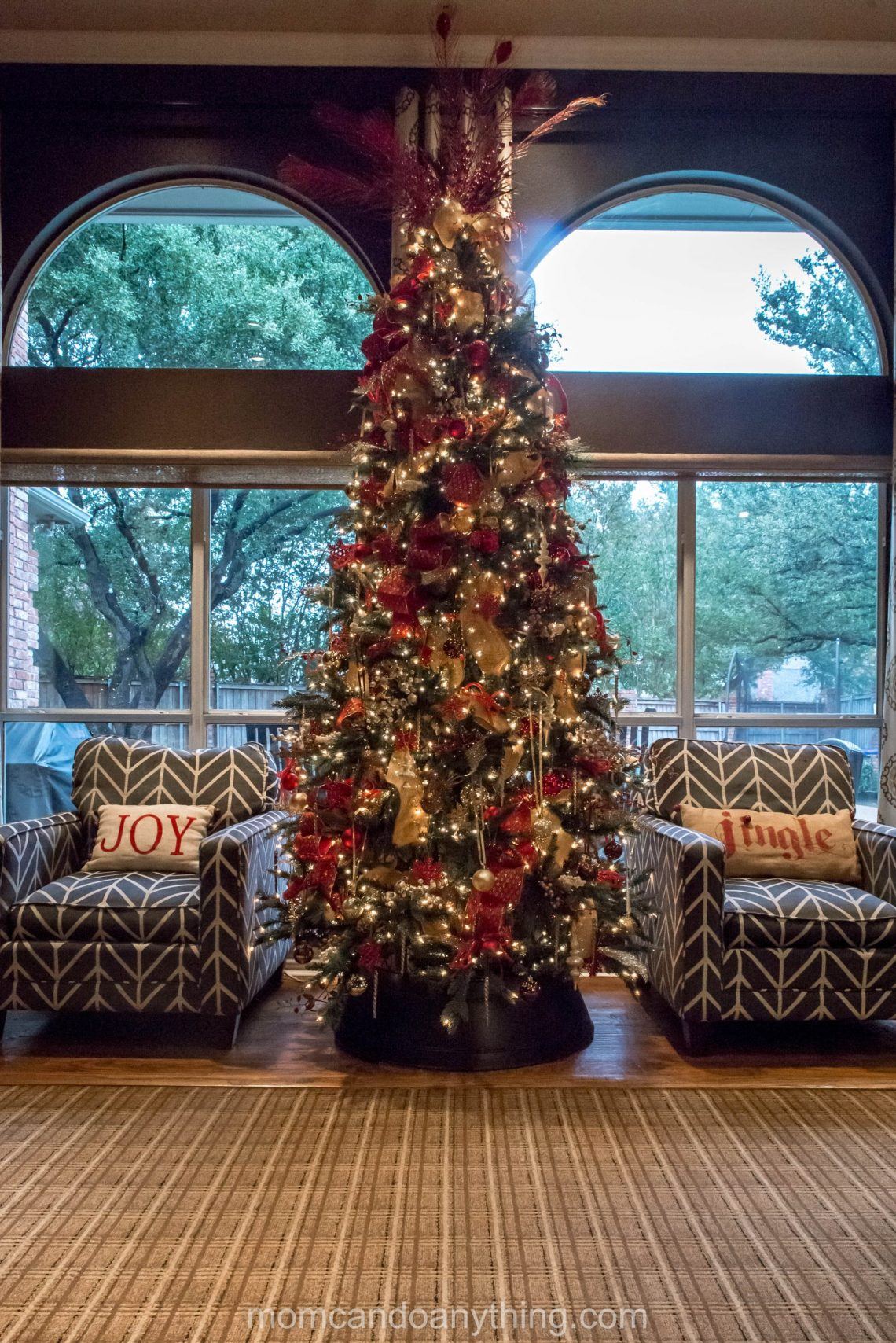 A Red and Gold Christmas Tree