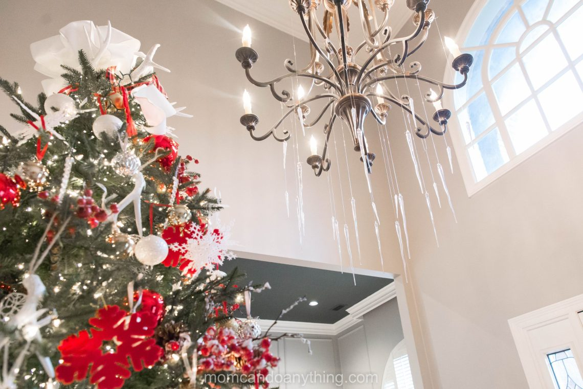 Christmas Chandelier Decoration Ideas_Mom Can Do Anything (3 of 7)