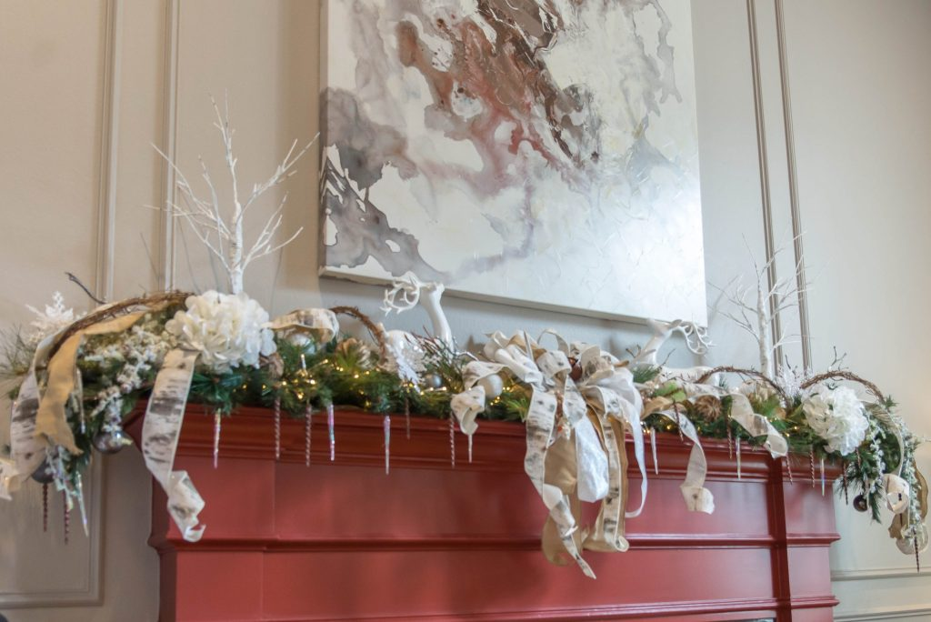 Living Room Garland