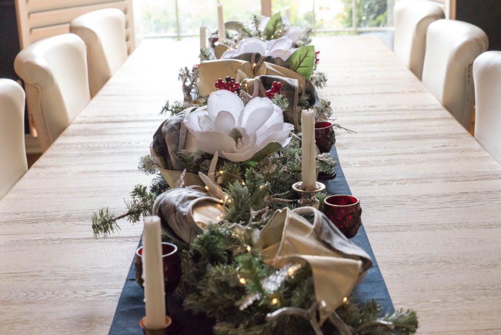 Table Runner Christmas Garland