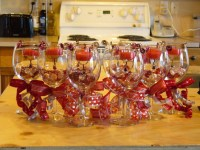 Wine Glass Centerpiece Ideas - 5 Fun Wine Glass ...