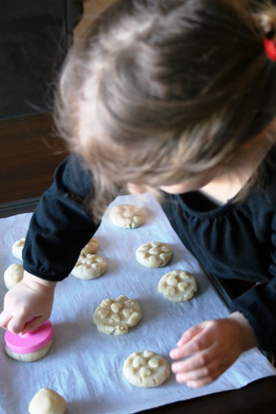 Almond Cookie Recipe for Valentine's Day 5