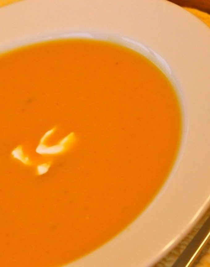 Butternut squash soup with coconut milk – crockpot method.