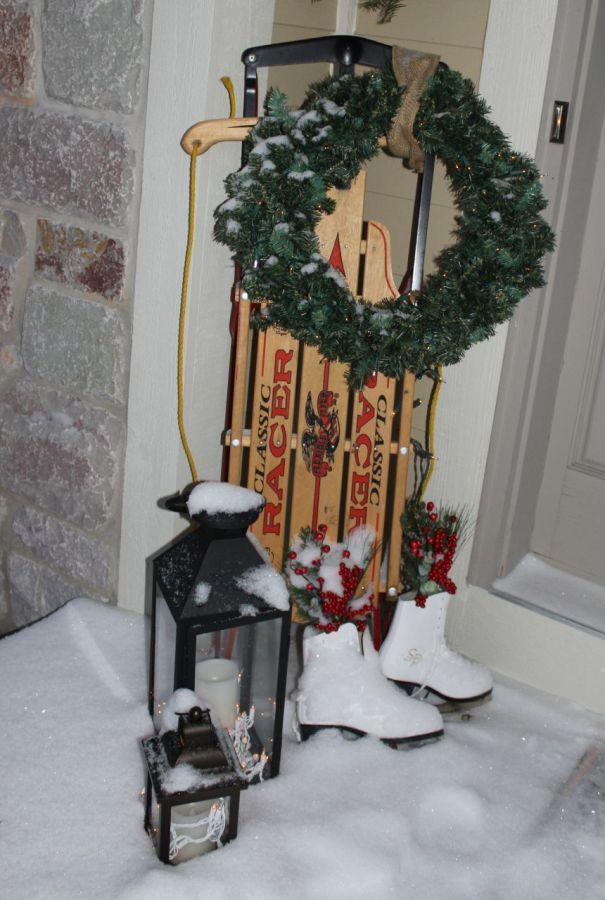 Sled, skates and a wreath!