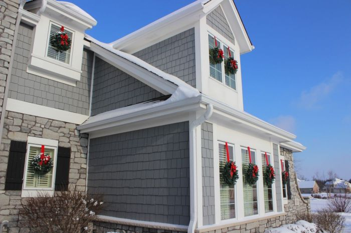 Love the wreaths!