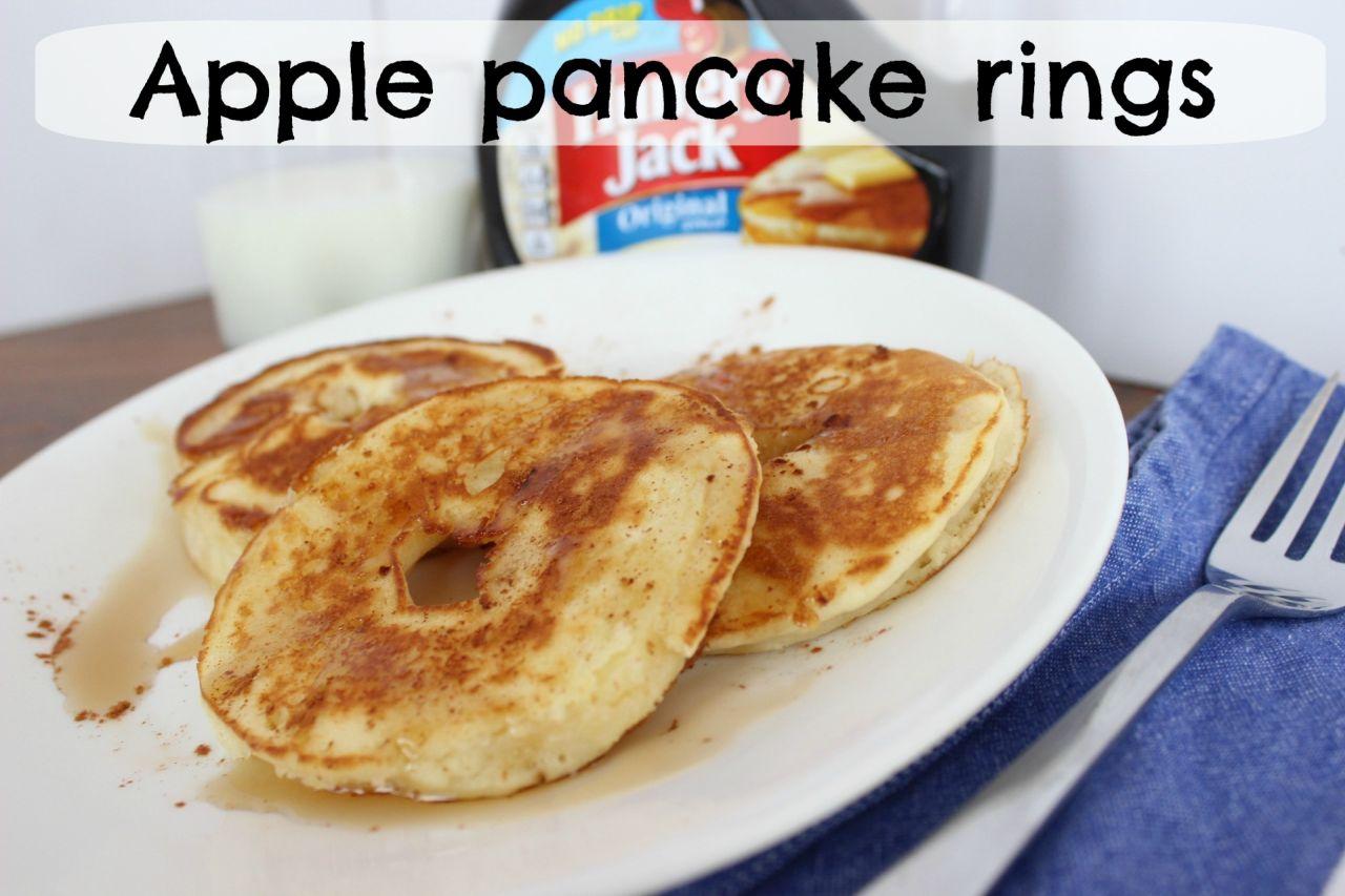 Apple pancake rings – as breakfast or an after school snack!