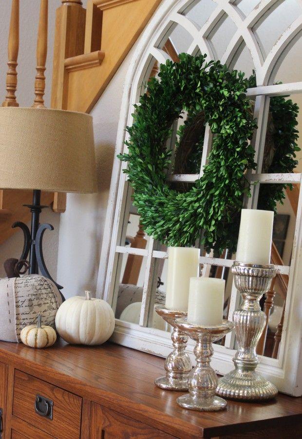 Fall decor in my foyer!