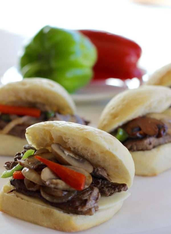 Easy Philly cheesesteak burger – with steak!