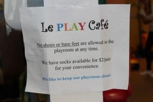 le play cafe 015