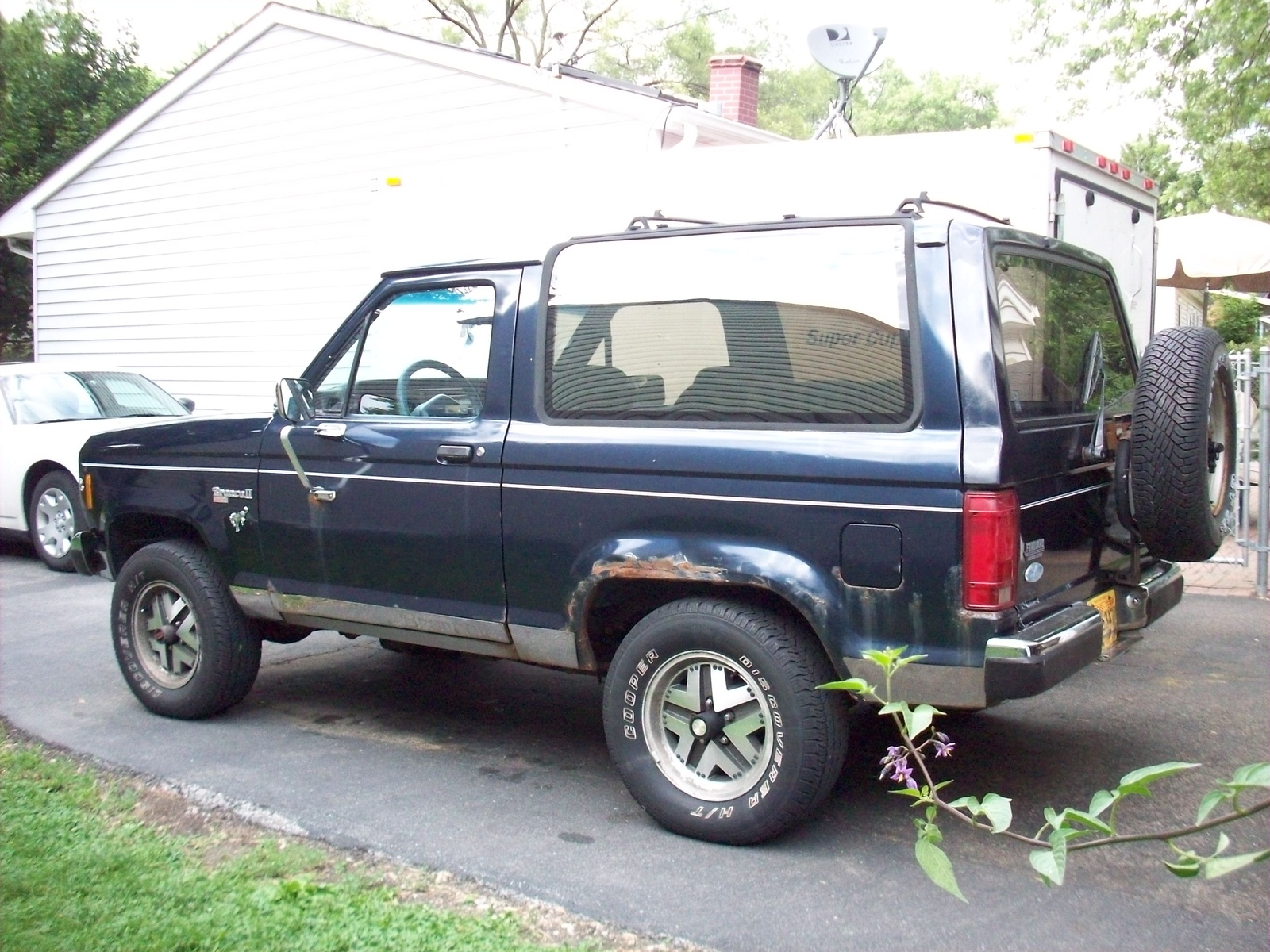 hight resolution of ford bronco ii 639px image 10 rh momentcar com wiring diagram for 1987