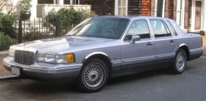 1993 Lincoln Town Car  Information and photos  MOMENTcar