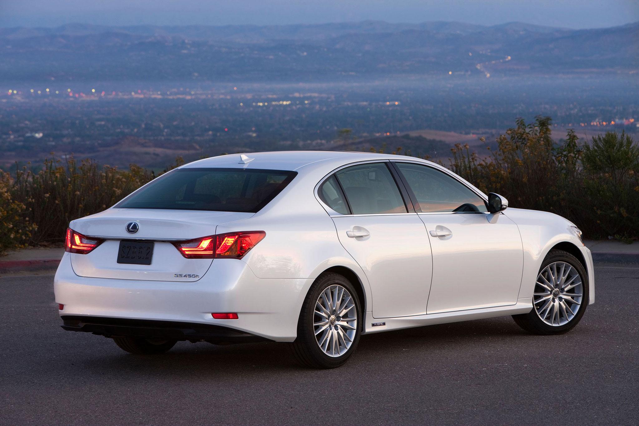 2014 Lexus GS 450h Information and photos MOMENTcar