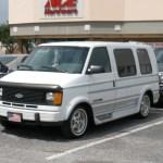 Chevrolet Astro 1716px Image 9