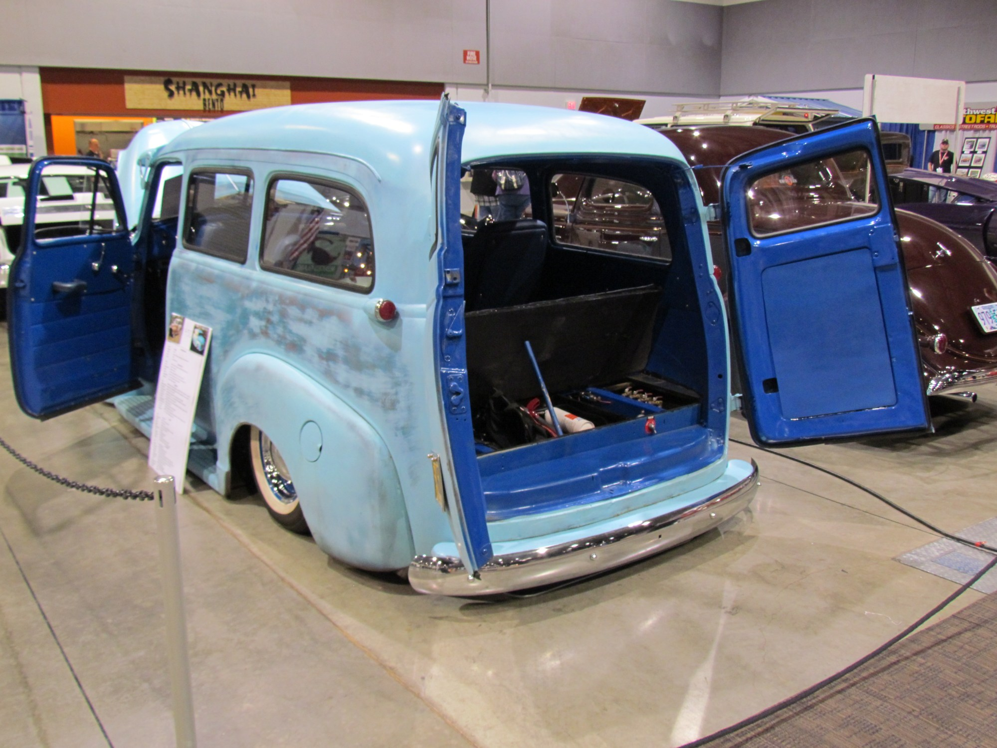 hight resolution of chevrolet suburban 1950 11
