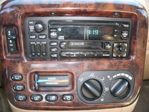 small resolution of chrysler town and country 1998 6