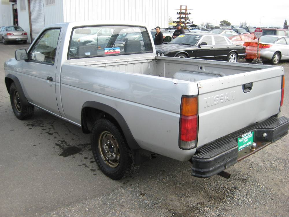 medium resolution of nissan pickup 1987 6 nissan pickup 1987 6