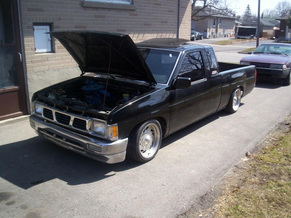 medium resolution of nissan pickup 1987 8