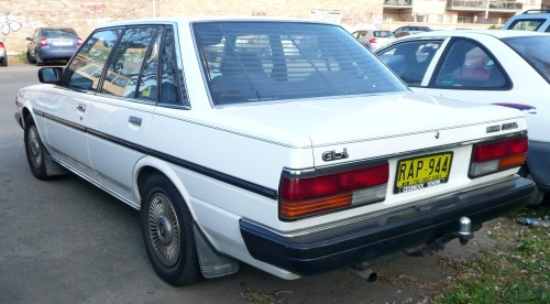 small resolution of  toyota cressida 1988 10