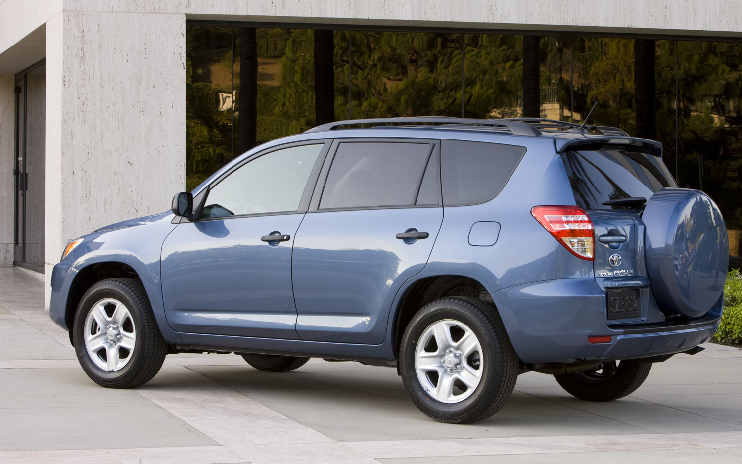hight resolution of toyota rav4 2012 5