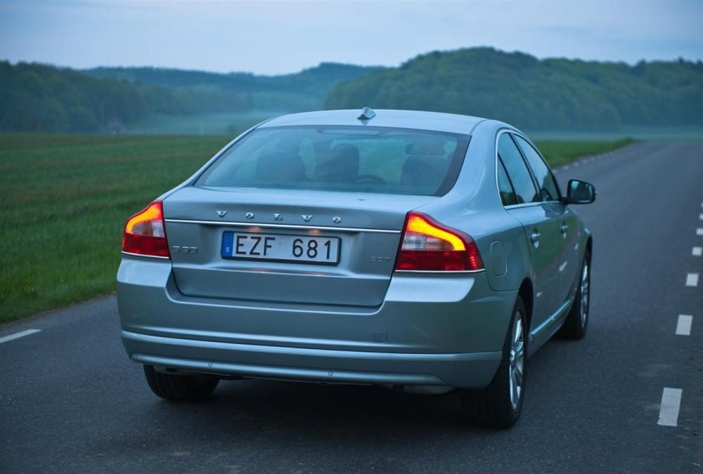medium resolution of volvo s80 2011 5