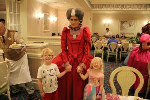 Lady Tremaine with Kids
