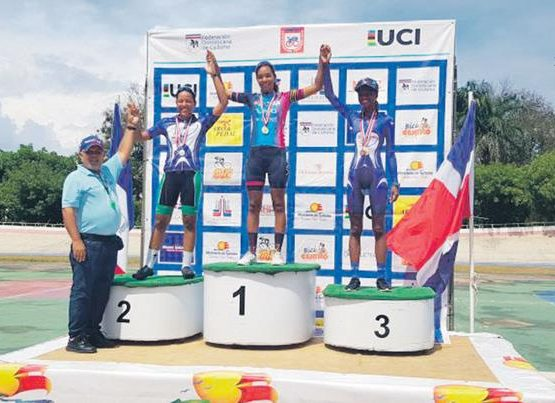 b20694ab-norlandys-y-juana-ganan-oro-en-campeonato-pista-555x403
