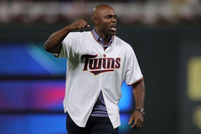 Momento Deportivo RD   Torii Hunter dice Boston es la ciudad más racista  del béisbol