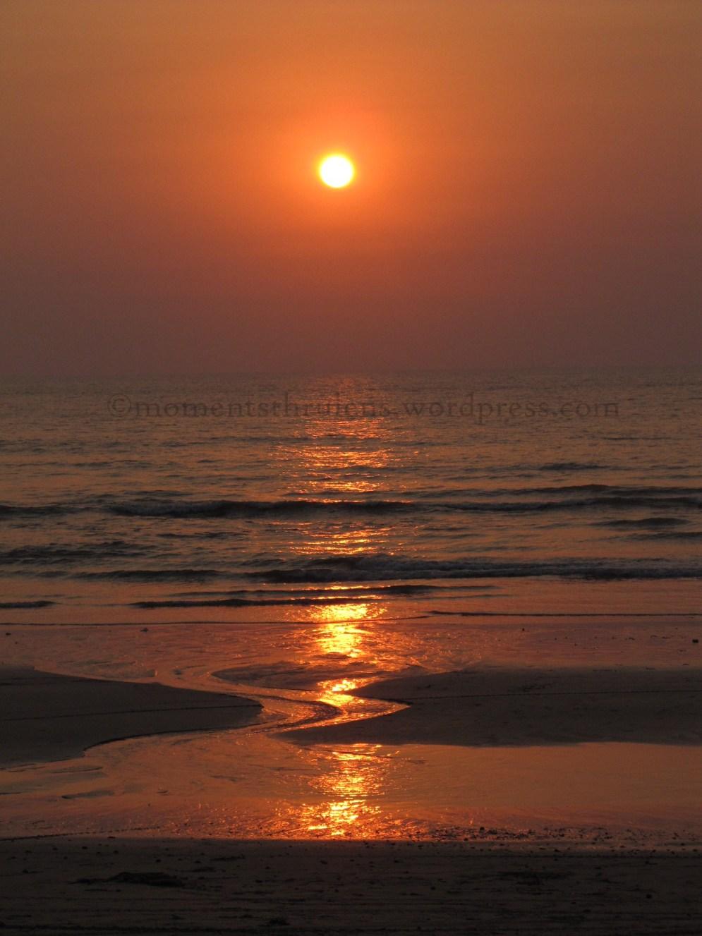 Sun Set(Mel)ting into the Sea
