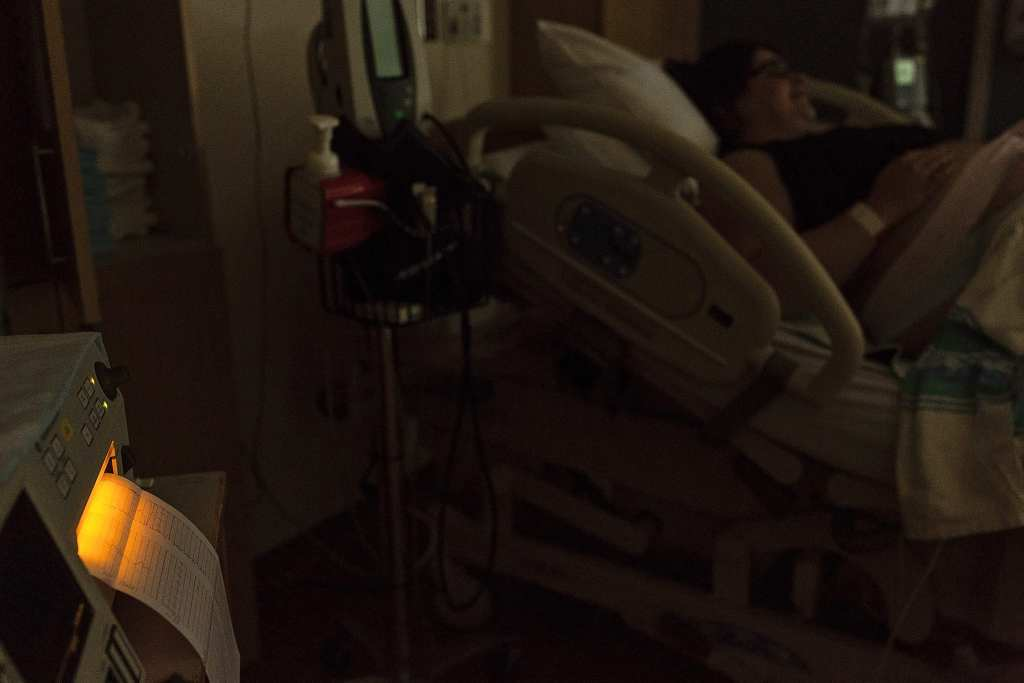 heart monitors in birthing suite