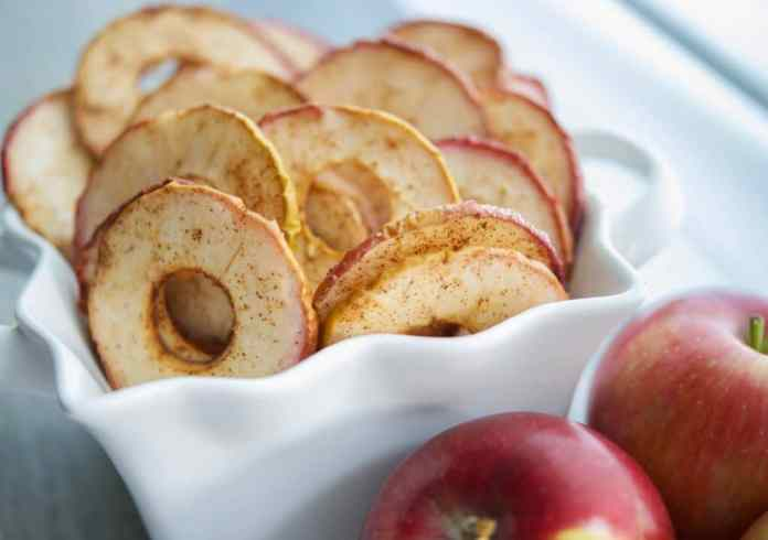 Cinnamon-Apple-Chips-from Carries Experimental Kitchen
