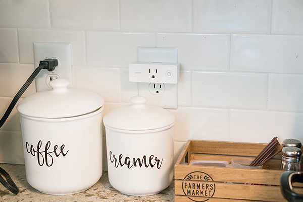 Practical Housewarming Gifts. Some great ideas for practical housewarming gifts that people will actually want. Looking for some nontypical housewarming gift ideas? Look no further! These gifts are also great ideas for Christmas gifts for adults, or birthday gifts for adults. #housewarming #newhomeowner #homeowners