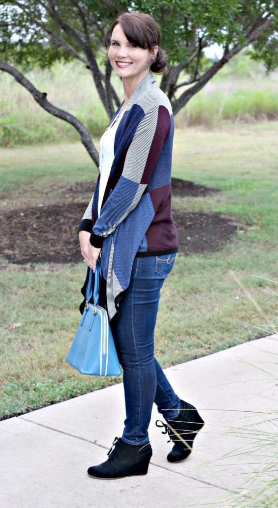 Fall Outfit Idea - Dress Up A Casual Fall Outfit with the Colorblock Open Cardigan.