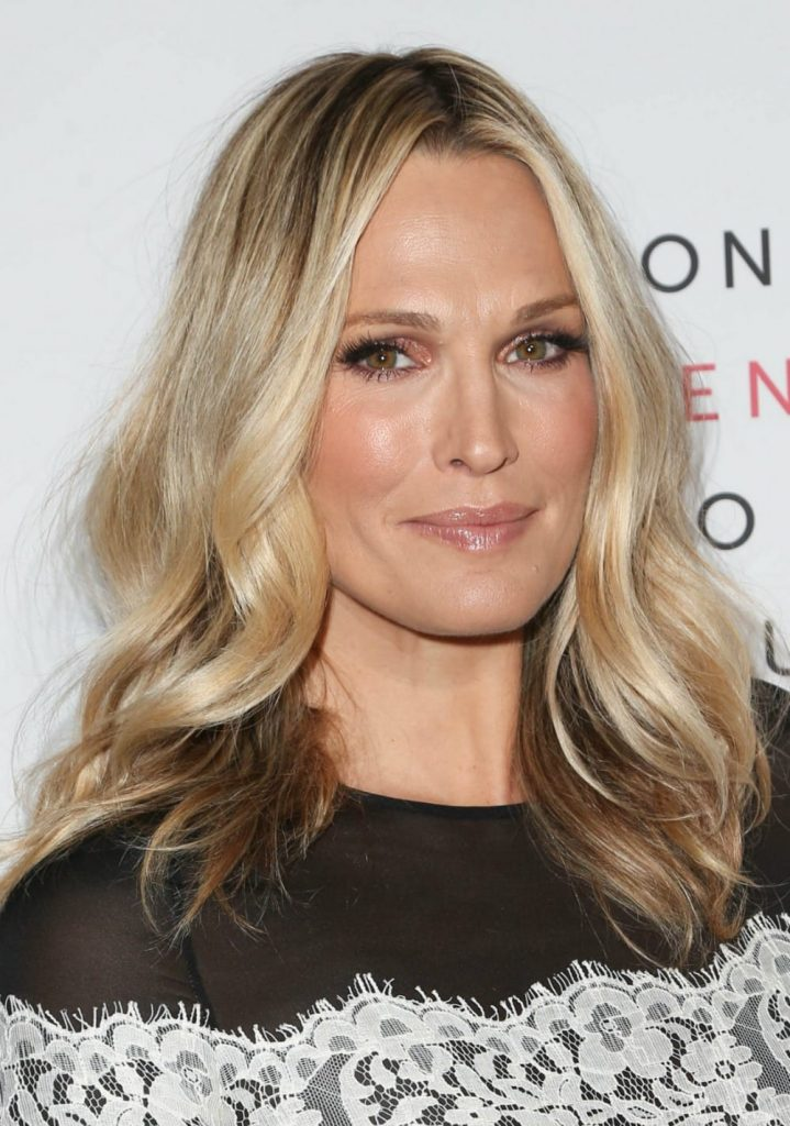 Celebrity hairstyles of the week - Molly Sims attended the 5th Annual Women Making History Brunch looking as gorgeous as ever.