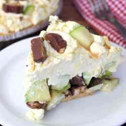 Caramel Apple Snickers Pie Recipe