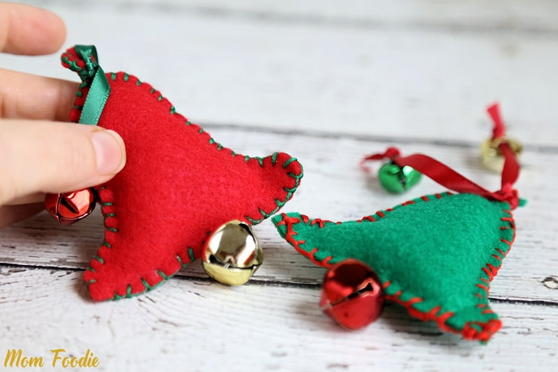 Jingle Bells DIY Christmas Cat Toys