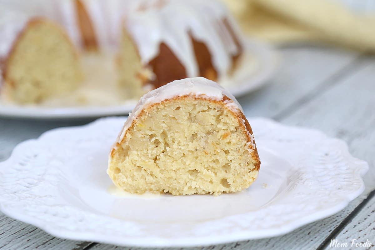 Moist Banana Bundt Cake sour cream