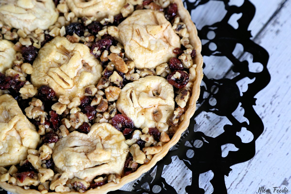 Shrunken Heads Halloween - Apple Cranberry Walnut Tart