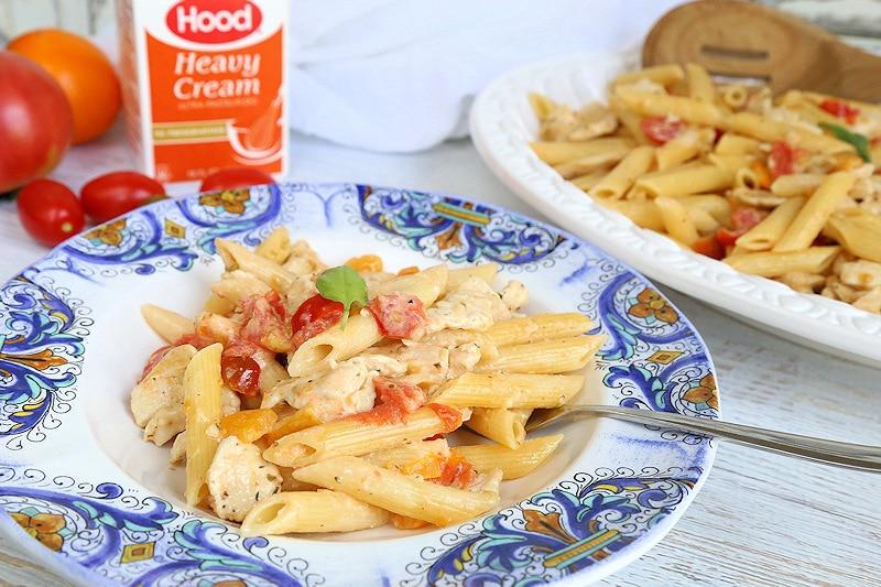 creamy chicken pasta with fresh tomatoes
