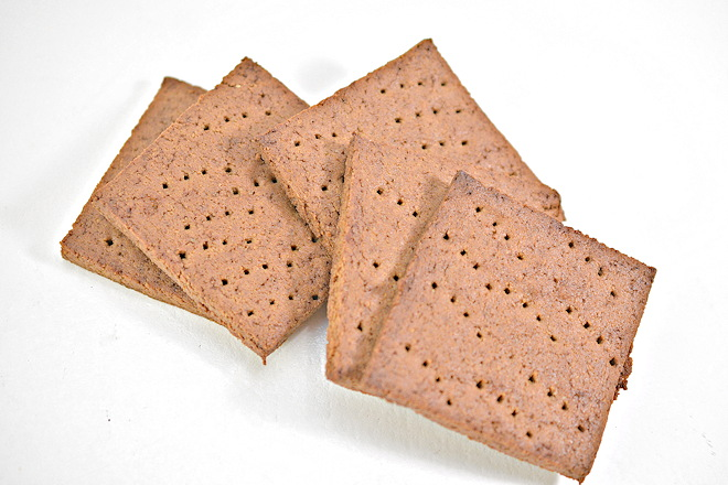 keto graham crackers