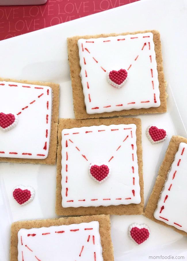 Valentines Day Treats Graham Cracker