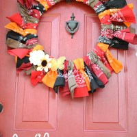 Fall Bandana Wreath -- 12 Months of Wreaths