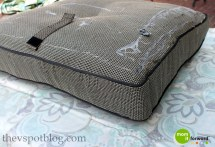 Diy Recover Outdoor Furniture With Glue Gun