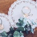 DIY: Table Runner Made of Paper Doilies