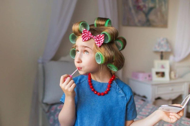 7 Best Makeup Sets For Kids 2020