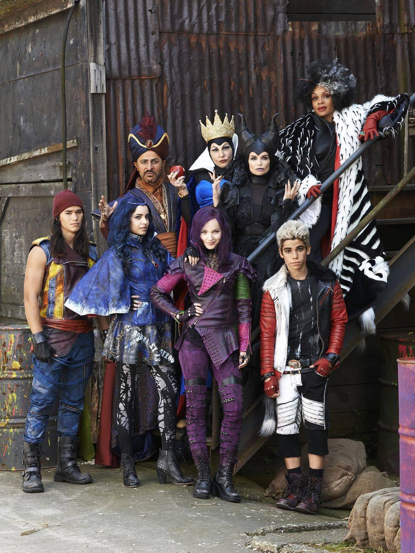Disney Descendants Cast And Movie Review