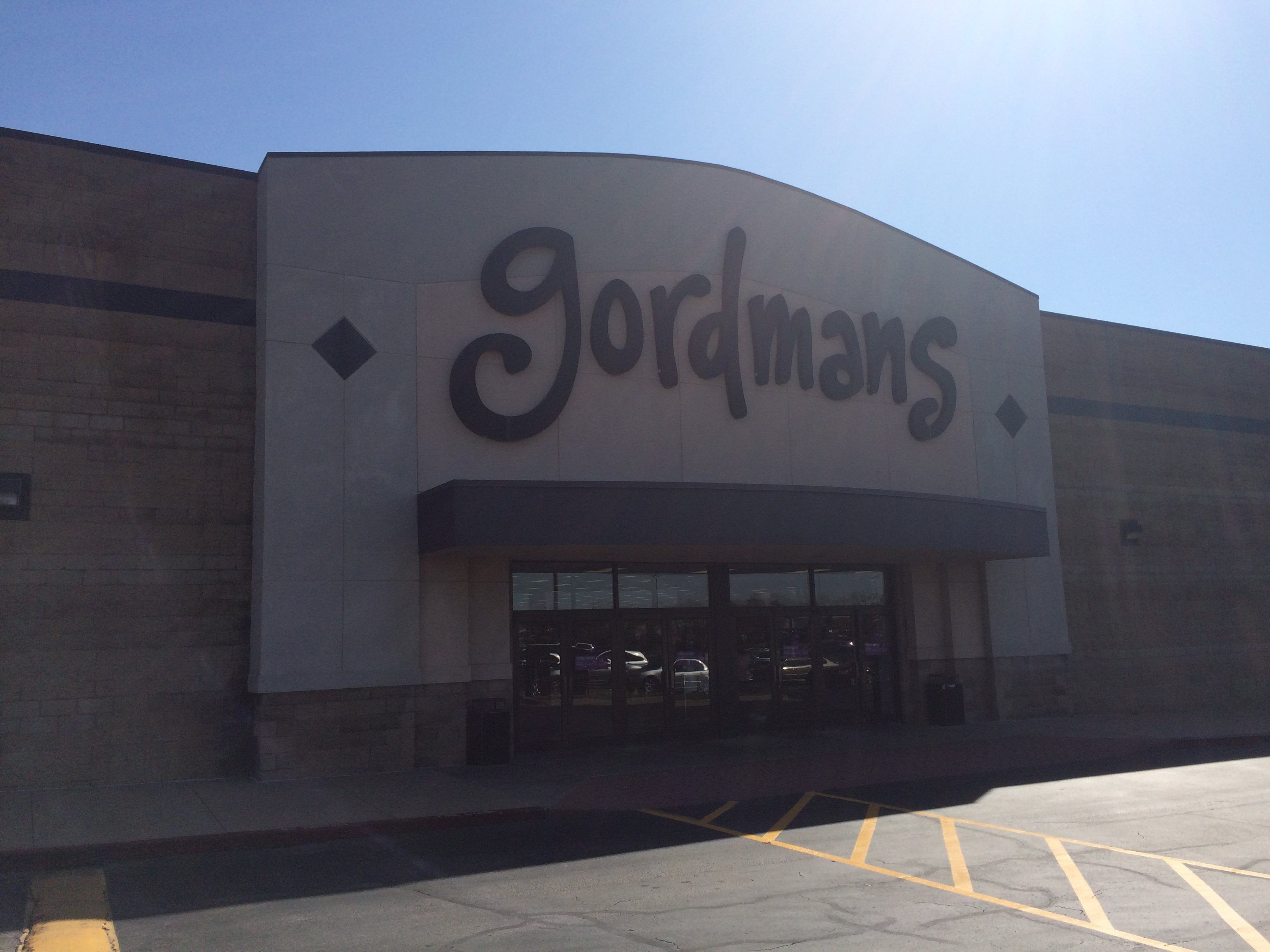 In today's halloween happy video, we go to gordmans to look at their halloween decorations!! Find Your Fall Style At Gordmans