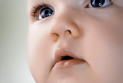 損害寶寶視力的八種行為 1