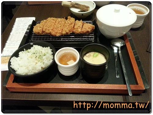 [食記]品田牧場-中壢家樂福中原店-CP值超高炸豬排 7