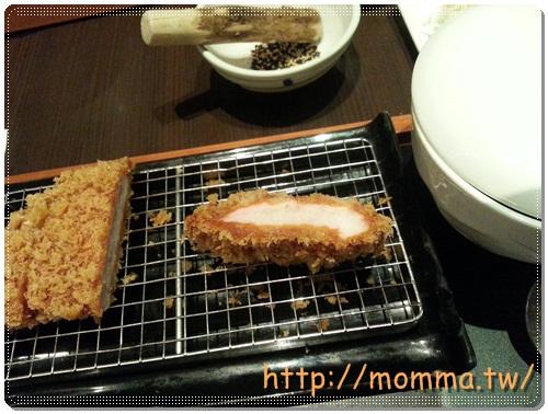 [食記]品田牧場-中壢家樂福中原店-CP值超高炸豬排 8
