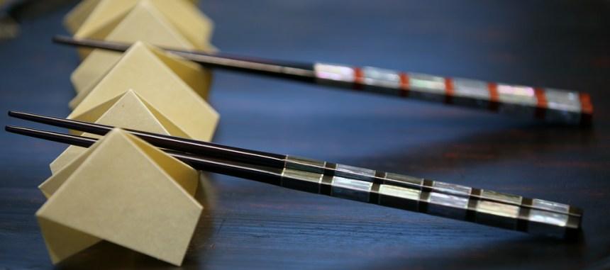 洗筷子不能搓 若掉漆不慎食用恐會造成重金屬中毒
